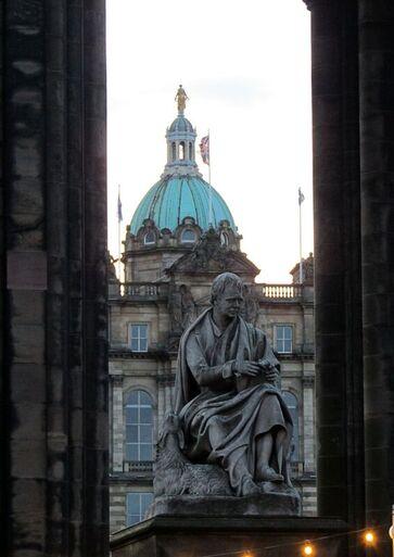 Scott's Monument Edinburgh